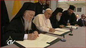 Papst auf Lesbos
